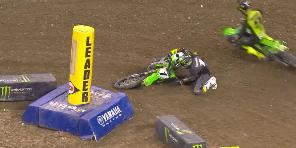 2021 Indianapolis Supercross Rd 04 - 250 & 450 Main Event Highlights