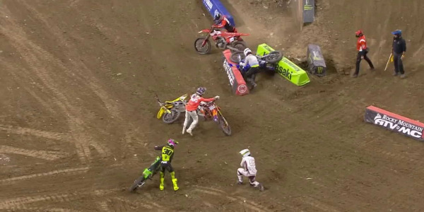 2021 Indianapolis Supercross Rd 05 - 250 & 450 Main Event Highlights